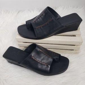 Cole Haan Black Leather Toe Loop Sandals